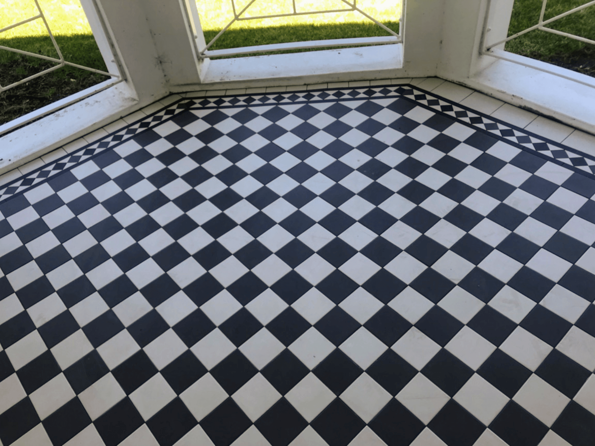 Tessellated tiling melbourne tile furniture victorian mosaic attractive look of checker body and norwood border dailygadgetfo Images